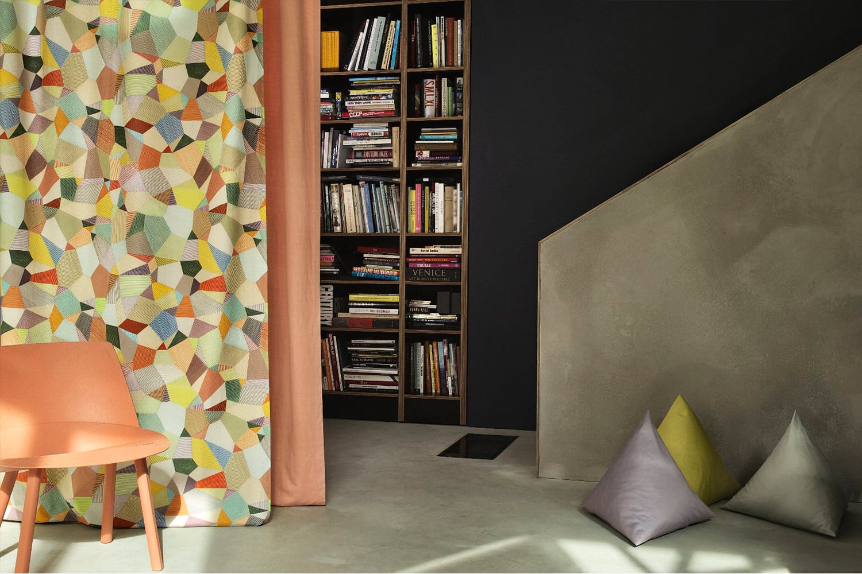 Ecco-14364.903-Mondano-14305.512-Douce-Pillows-triangle